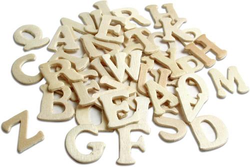Holzbuchstaben natur, 50 Stück